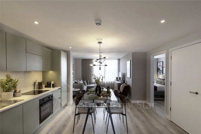 2 bed flat for sale in LU2On, Kimpton Road, Luton, Bedfordshire LU2