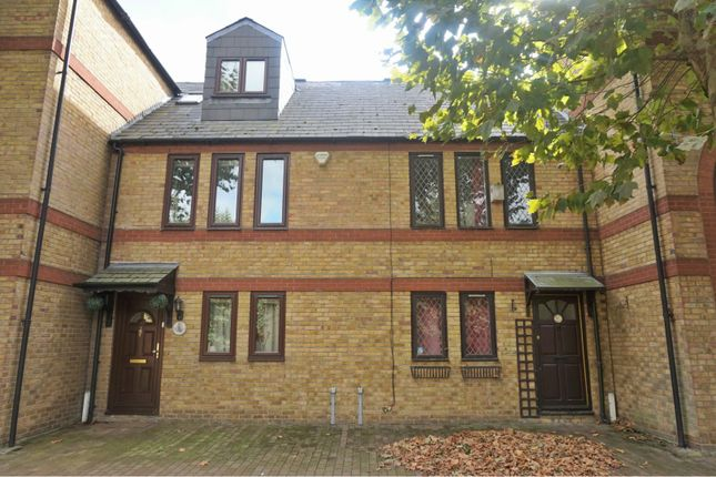 Thumbnail Terraced house for sale in Spirit Quay, Wapping