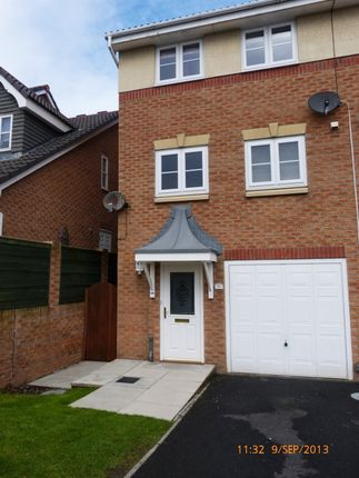 Thumbnail Town house for sale in Tower View, Bispham, Blackpool