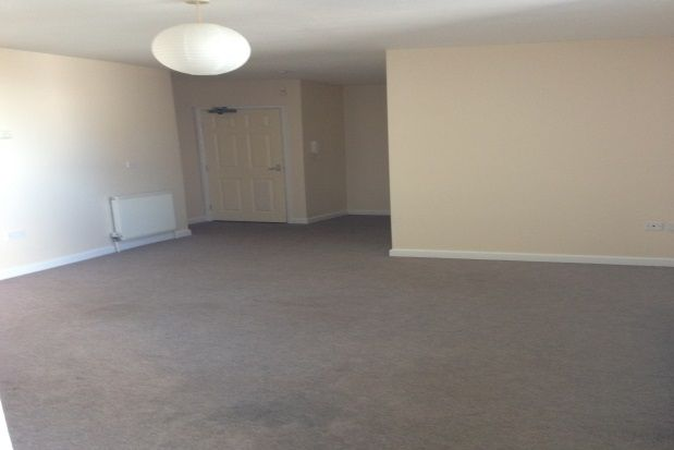 Thumbnail Studio to rent in Clifden Road, St. Austell