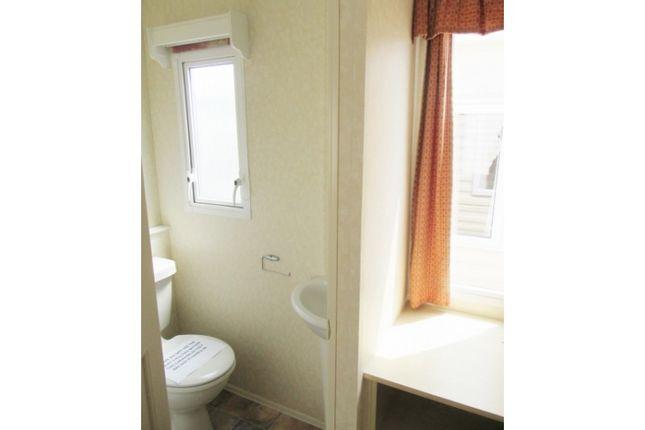 En-Suite Toilet Master Bedroom