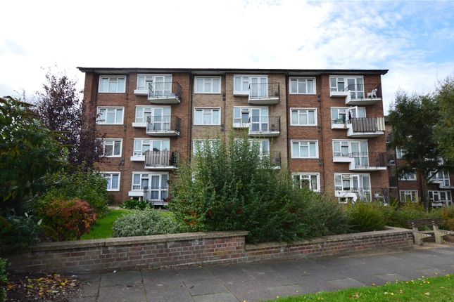 Thumbnail Flat for sale in St. Marys Court, Victoria Avenue, Southend-On-Sea, Essex