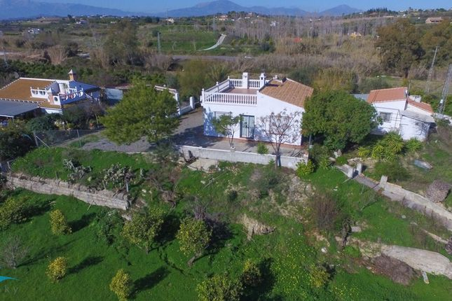 7 bed country house for sale in Alhaurin El Grande, Málaga, Spain
