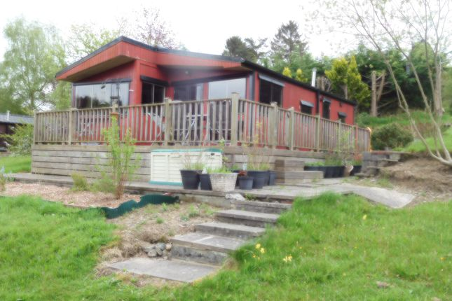 Thumbnail Mobile/park home for sale in Caerberis Park, Builth Wells