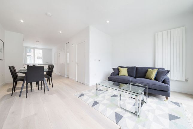 Thumbnail Terraced house to rent in Rope Terrace, Pontoon Dock, Royal Wharf, Royal Wharf, London