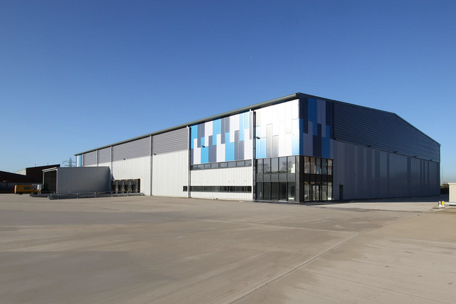 Thumbnail Warehouse to let in The Works, Mosley Road, Trafford Park, Manchester