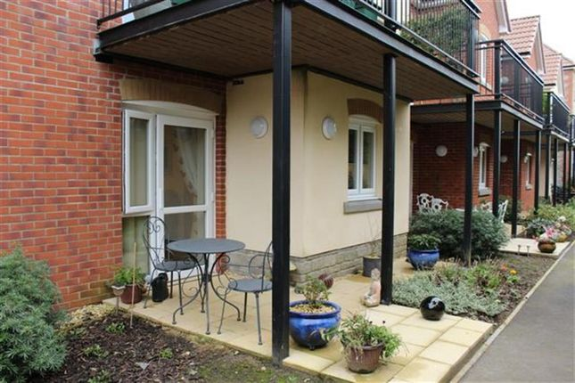 Thumbnail Flat for sale in Blue Cedar Close, Yate, Bristol