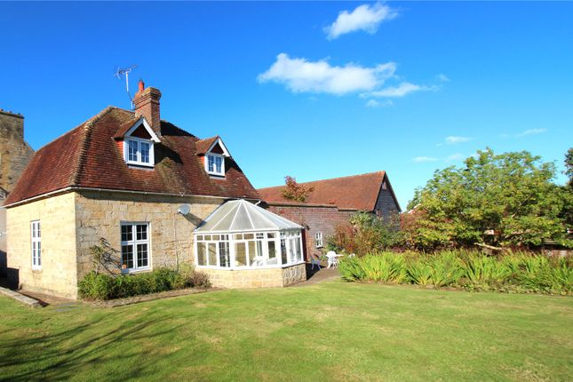 Thumbnail Detached house to rent in Hammerwood Road, Ashurst Wood, East Grinstead, West Sussex
