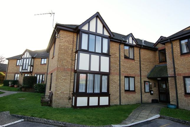 Thumbnail Property for sale in Douglas Close, Upton, Poole