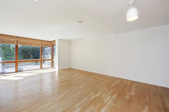 Thumbnail Flat to rent in Pulse Apartments, Lymington Road, London