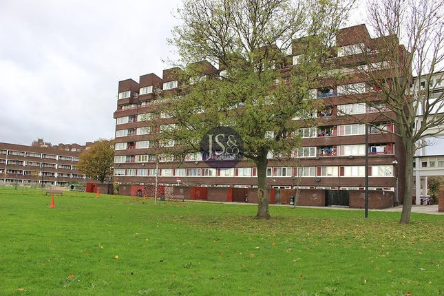 Thumbnail Flat for sale in Argossy House, Windlass Place, London