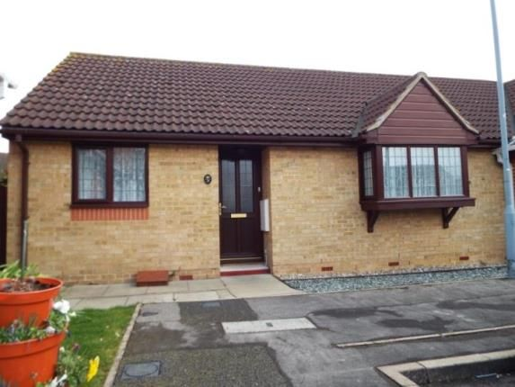 Thumbnail Bungalow for sale in Barkingside, Ilford, Essex