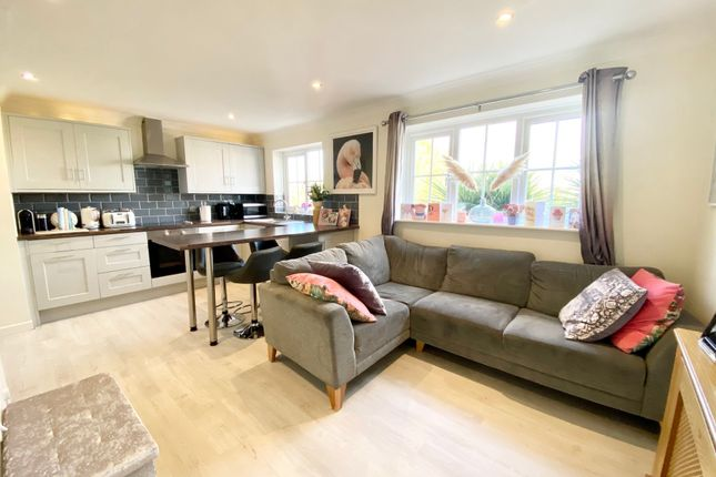 1 bed terraced house for sale in Kittiwake Close, Southbounre BH6