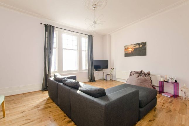 Homes for sale in balham high road london sw12 buy property in thumbnail flat for sale in caistor mews balham malvernweather Choice Image