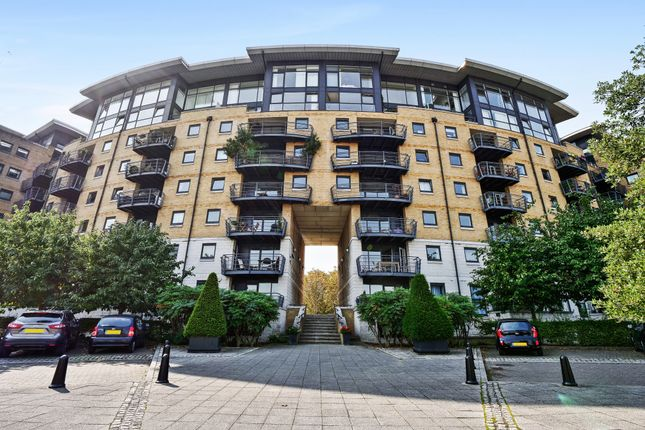 Thumbnail Flat to rent in Greenfell Mansions, Glaisher Street, London