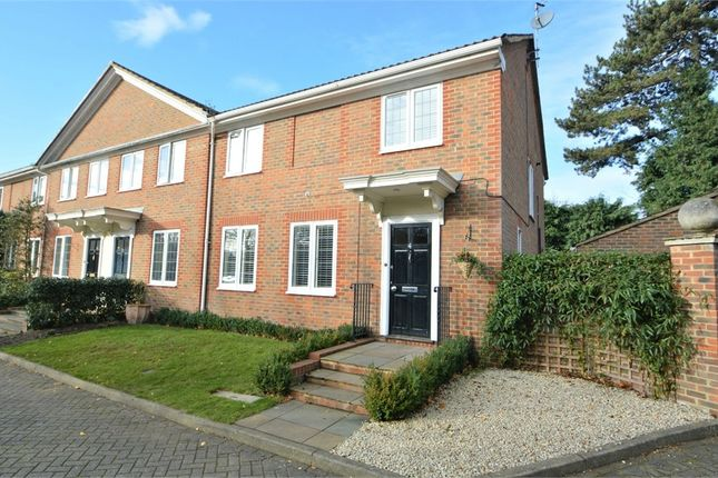 4 bed semi-detached house for sale in Haddon Close, Weybridge, Surrey