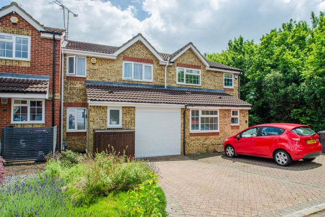 Thumbnail Terraced house for sale in Peppercorn Walk, Hitchin, Hertfordshire