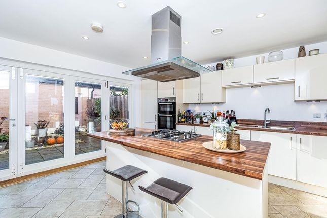 Thumbnail Property to rent in Trem Elai, Penarth