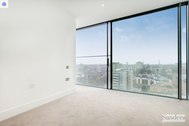 Thumbnail Flat for sale in Carrara Tower, 1 Bollinder Place, London, Greater London