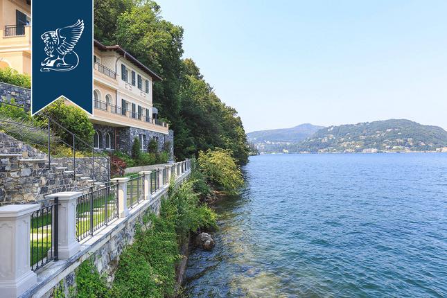 Thumbnail Villa for sale in Como, Como, Lombardia