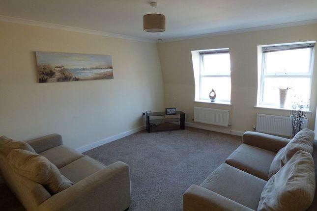 Thumbnail Flat to rent in Newport Street, Swindon