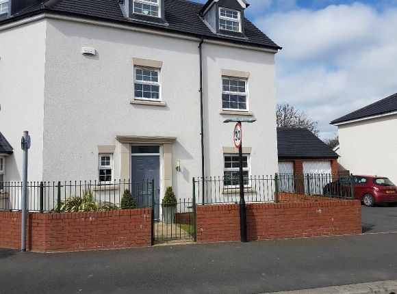 Thumbnail Semi-detached house to rent in Green Wilding Road, The Furlongs, Hereford