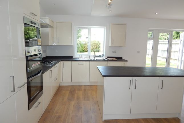 Thumbnail Semi-detached house to rent in Hilliat Fields, Drayton, Abingdon