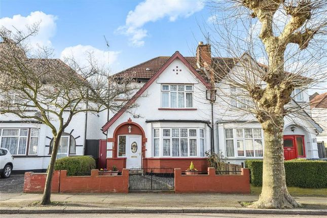 3 bed property for sale in Cromwell Road, London