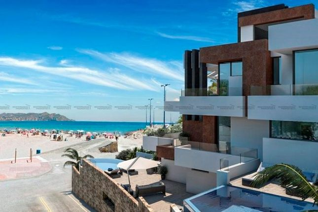 Thumbnail Apartment for sale in 1ª Linea, Benidorm, Spain