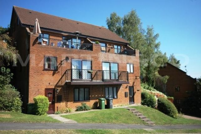 Thumbnail Flat to rent in Mylne Close, Downley, High Wycombe