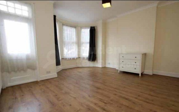 Thumbnail Semi-detached house to rent in Arcadian Gardens, London, Greater London