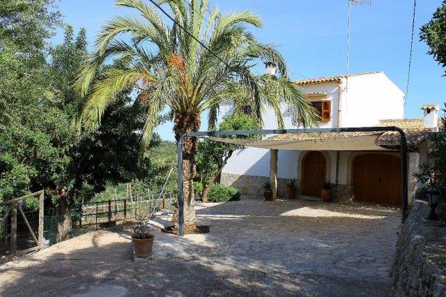 House of Spain, Mallorca, Campanet
