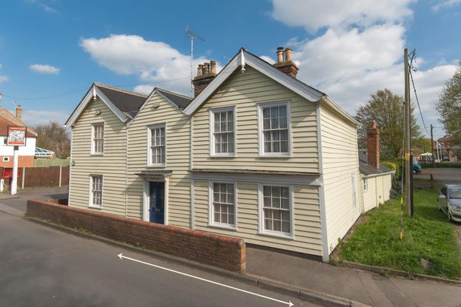 4 bed semi-detached house for sale in Upper Brents, Faversham