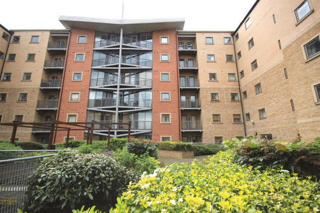 1 bed flat for sale in Kentmere Drive, Lakeside, Doncaster DN4