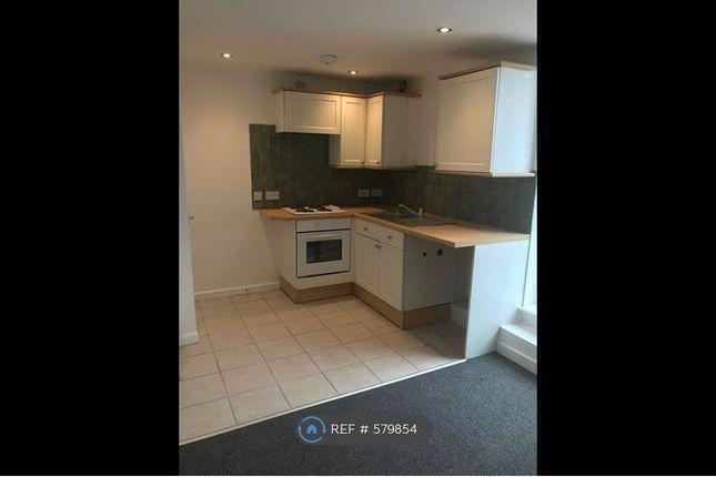 Thumbnail Flat to rent in Market Street, Kidsgrove, Stoke-On-Trent