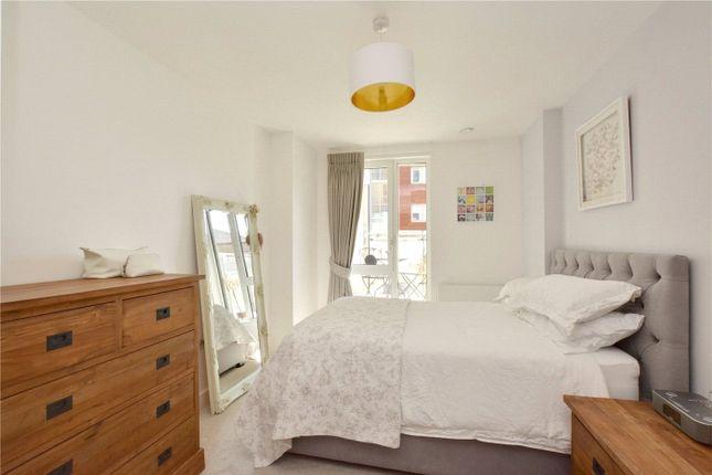 Bedroom of Bellville House, 2 John Donne Way, Greenwich, London SE10