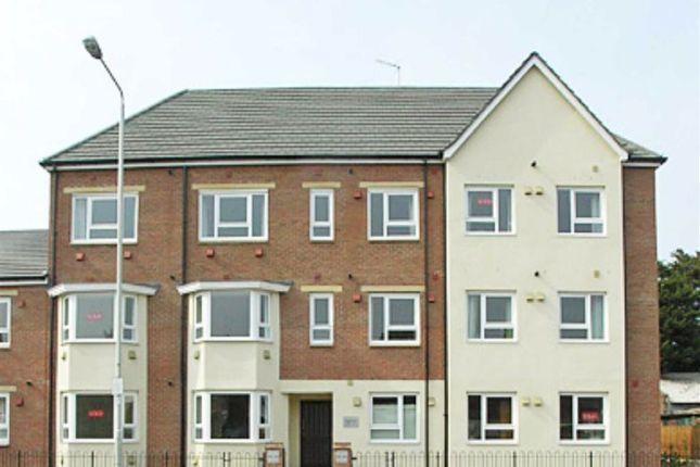 Thumbnail Flat to rent in Tarragon Court, Ilford, Essex