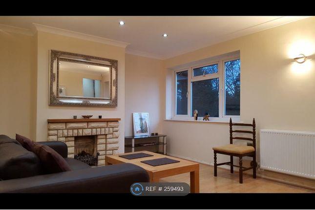Thumbnail Flat to rent in Haversham Close, London