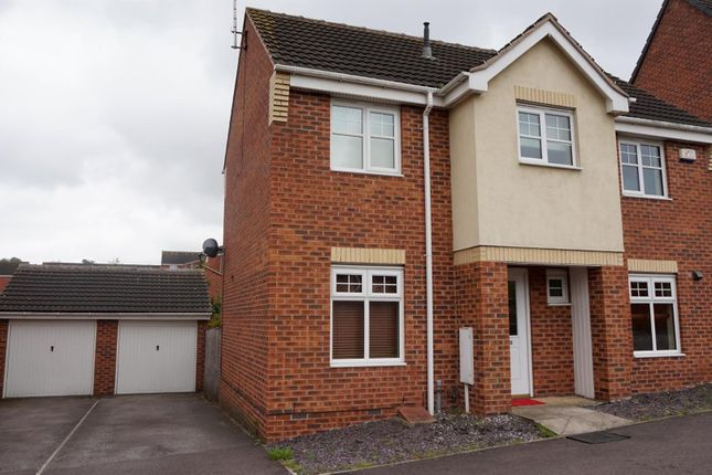 Thumbnail Property to rent in Curbar Close, Mansfield