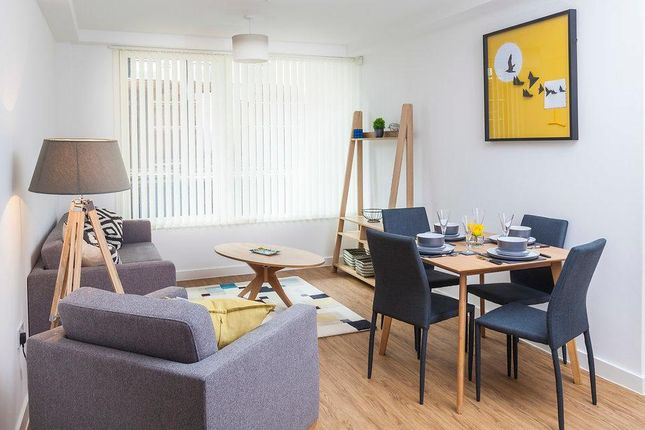 Thumbnail Flat to rent in Leaf Street, Manchester