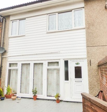 3 bed semi-detached house to rent in Carlisle Way, Pitsea SS13
