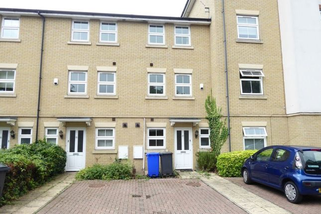 Thumbnail Town house to rent in Maltings Way, Bury St. Edmunds