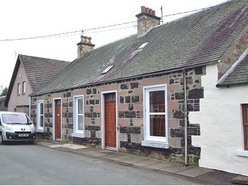 Thumbnail Cottage to rent in Rose Cottage, South Street, Rattray, Blairgowrie