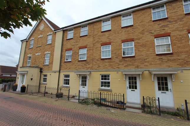 Thumbnail Property to rent in Moonstone Square, Sittingbourne