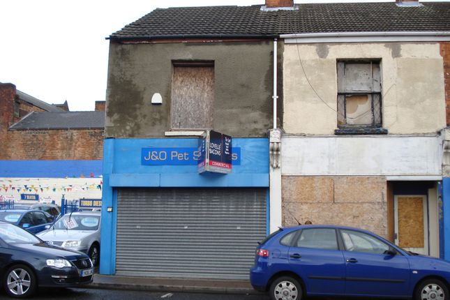Retail premises to let in 43 Pasture Street, Grimsby