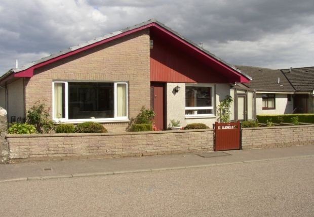 Thumbnail Bungalow for sale in Hunter Street, Kirn, Dunoon