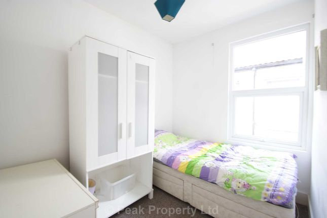 Room to rent in Napier Avenue, Southend-On-Sea