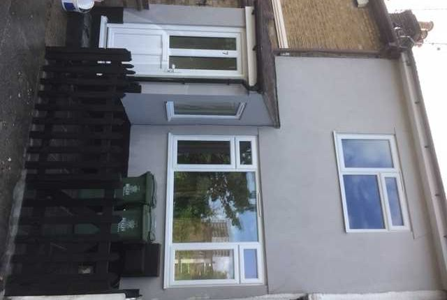 Thumbnail Property to rent in Crescent Road, Erith