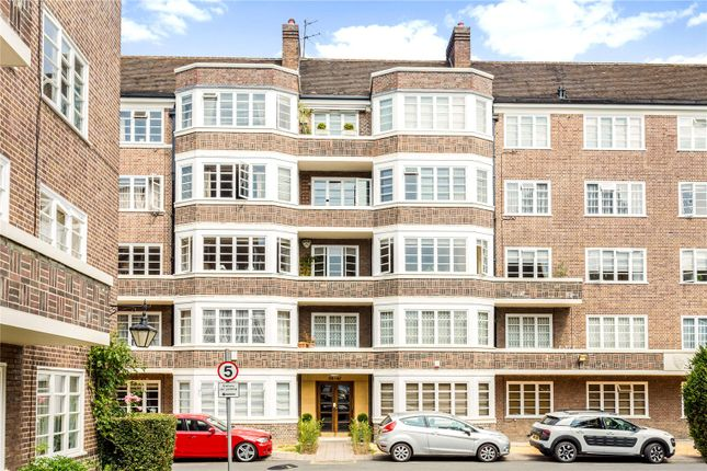 Picture No. 57 of Exeter House, Putney Heath, London SW15
