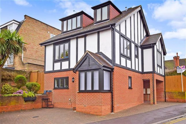 4 bed detached house for sale in Woodside Road, Woodford Green, Essex IG8